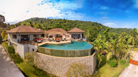 5 Bedroom Sea View Villa Bubbles ~ with chef and housekeeping